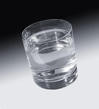 물은 생명유지를 위하여 필수